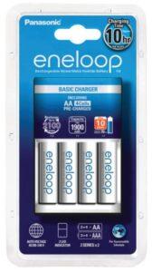 Panasonic Eneloop Basic Charger pro AA, AAA + 4x Panasonic Eneloop 1900mAh bílá (K-KJ51MCC40E)